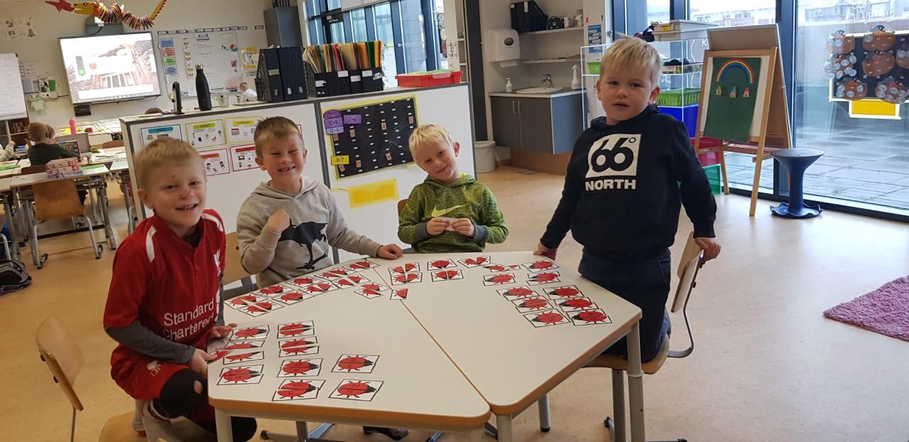 Mynd fyrir Hringekja- stöðvavinna í 1.bekk