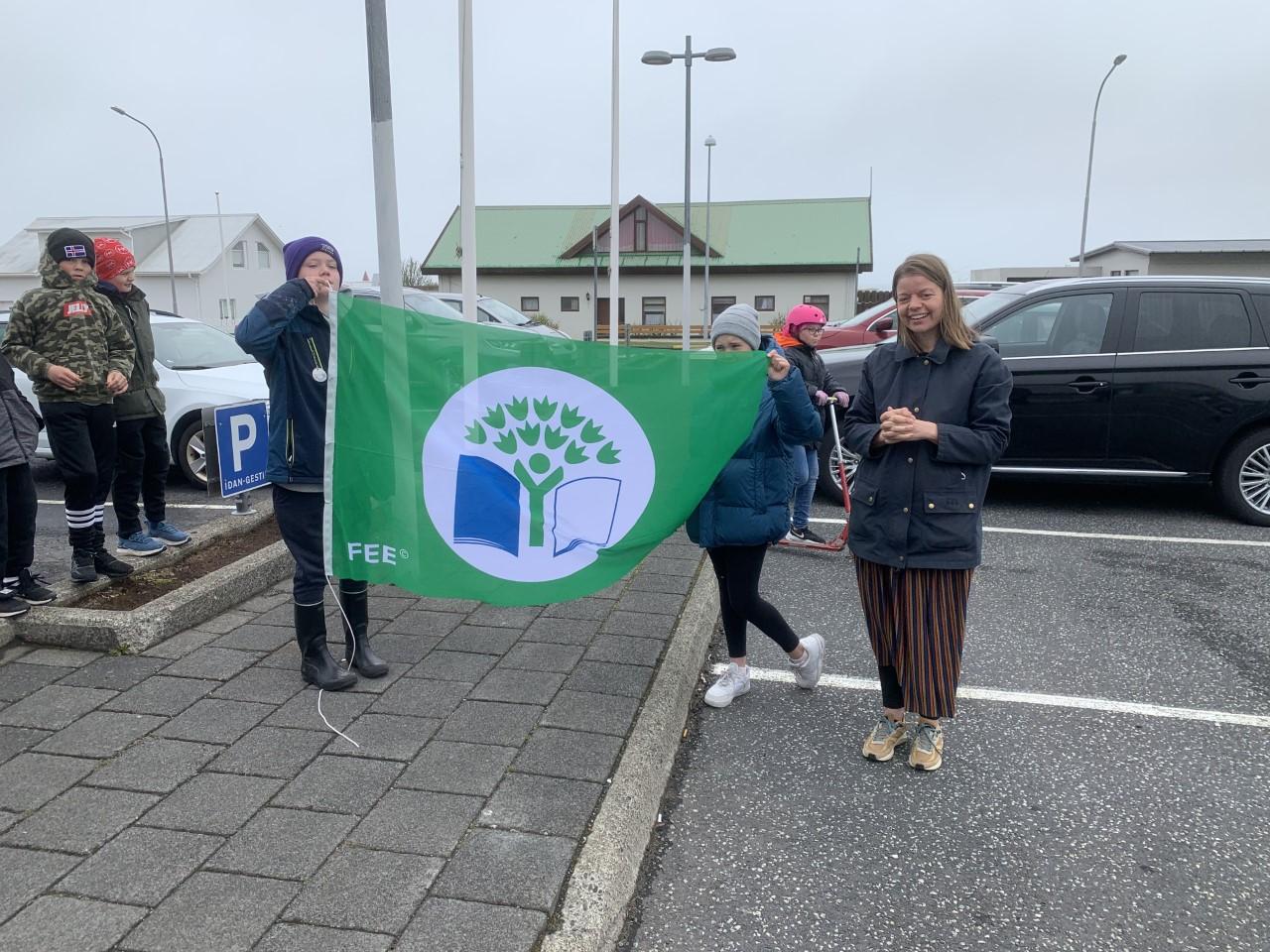 Mynd fyrir Erum stolt af þriðja grænfánanum