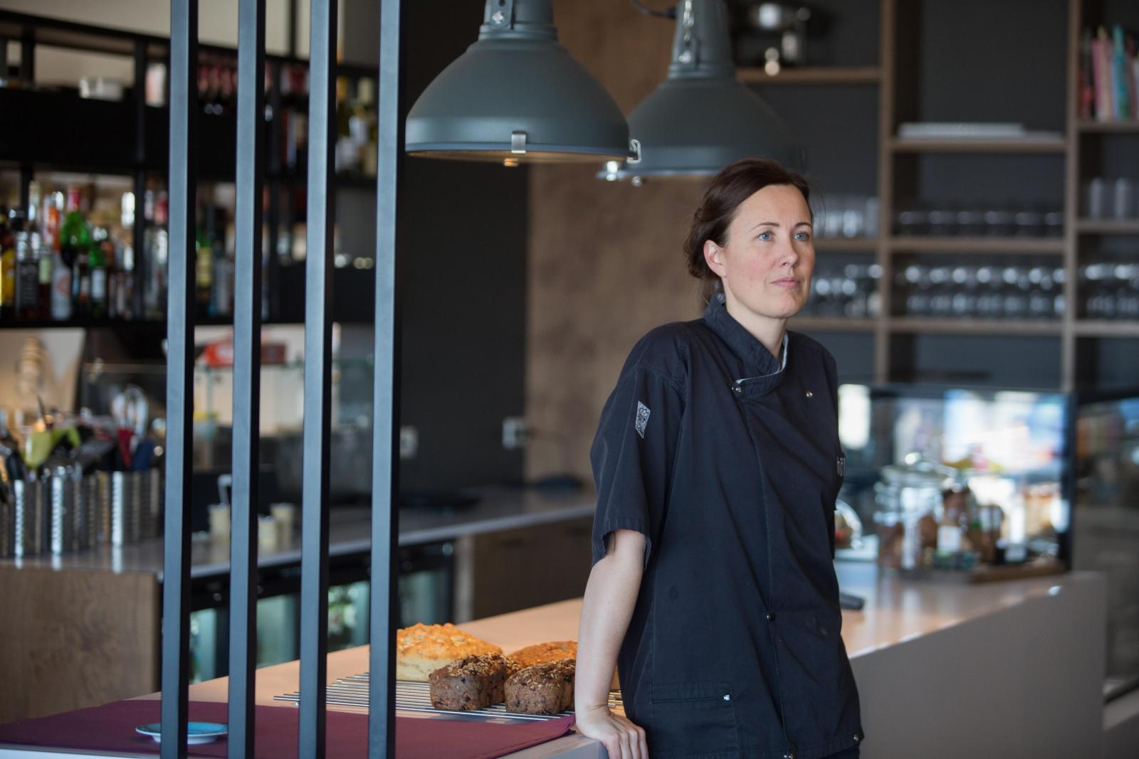 Mynd fyrir Halla María hlýtur Menningarverðlaun Grindavíkur 2019