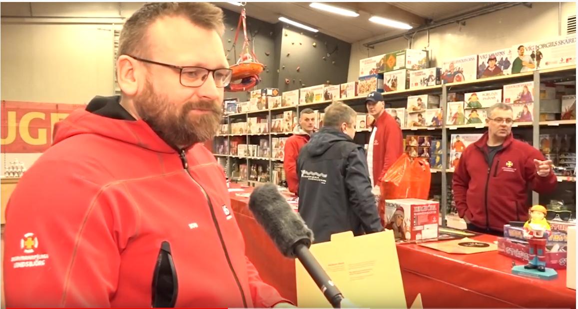 Mynd fyrir Myndband: Flugeldasalan stór þáttur í að sveitin geti sinnt verkefnum sínum