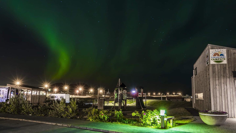 Auglýsing um útboð á rekstri tjaldsvæðis við Austurveg í Grindavík