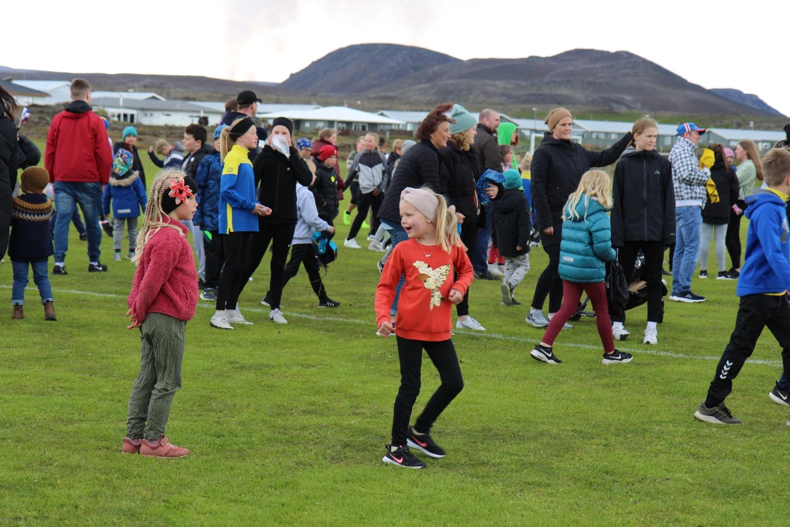 Mynd fyrir Þjóðhátíðardeginum fagnað í Grindavík