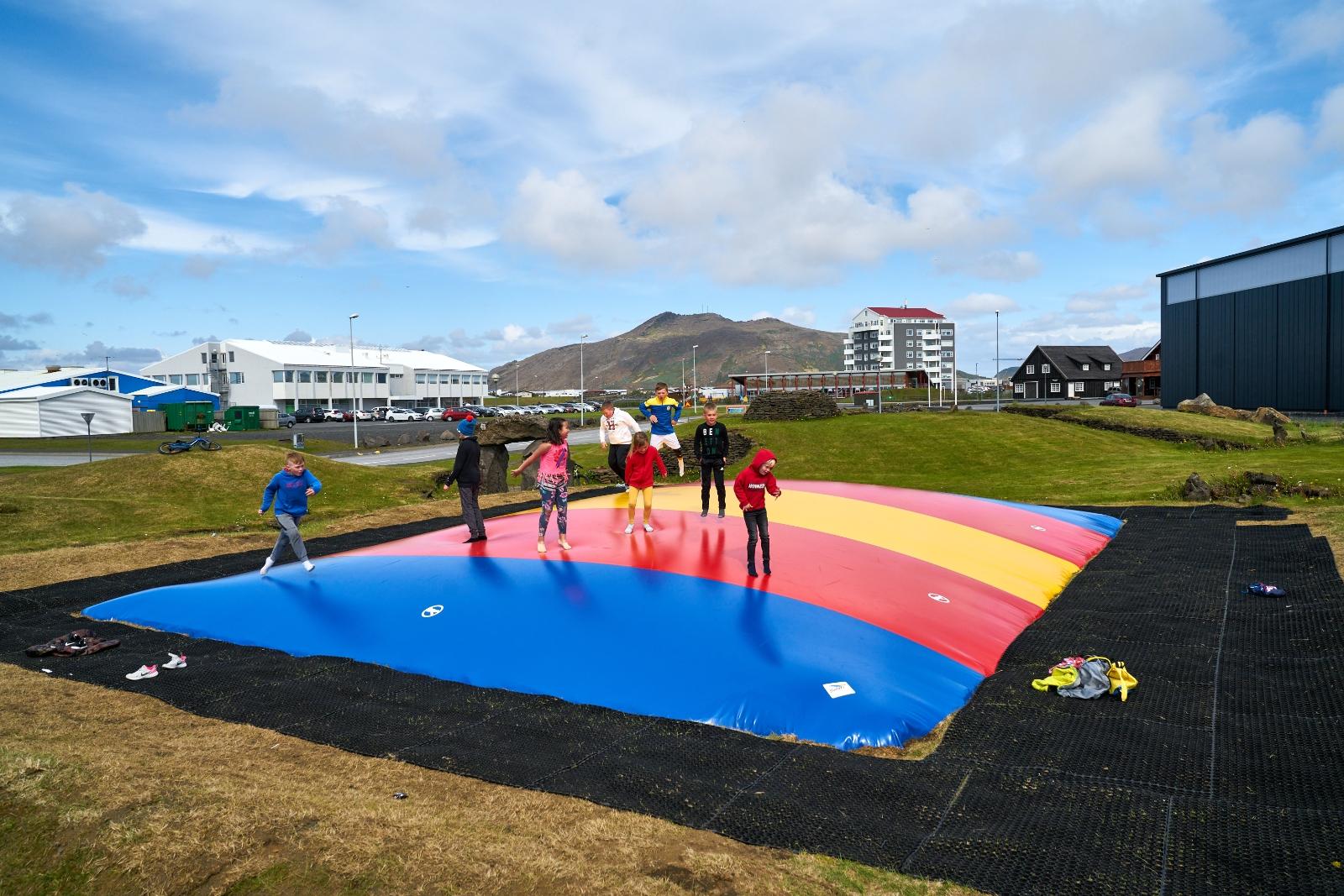Mynd fyrir Könnun á viðhorfi til leikvalla í Grindavík