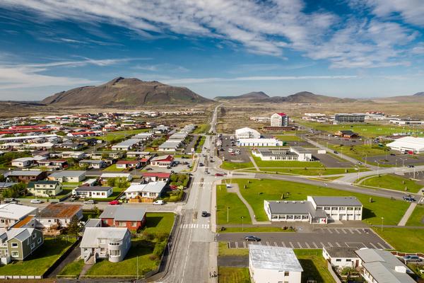 Atvinna -Íbúðakjarni við Túngötu 15 - 17